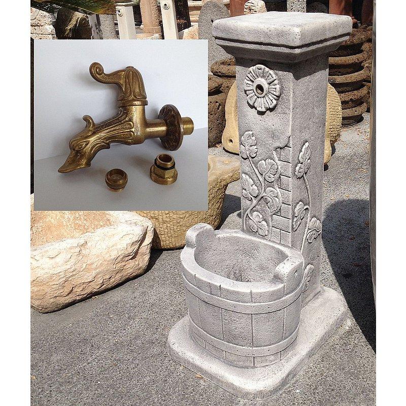 Fontana a colonna secchio rubinetto lavorato fontasecchio 135 00 fratelli vagnoni - Accessori per fontane da giardino ...