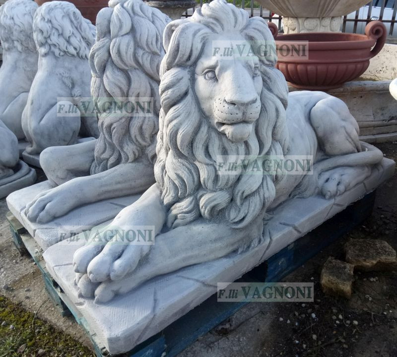 http://www.fratellivagnoni.it/images/statue_busti/leoni%20colosseo_2_logo.jpg